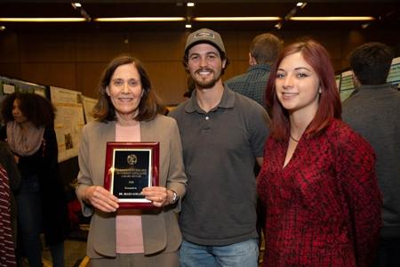 Ellen Cowan wins the 2018 Undergraduate Student Faculty Mentorship Excellence Award
